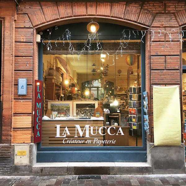 lamucca-redorbcreations