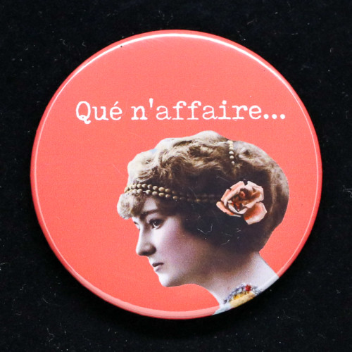 Badge qué naffaire Red Orb Créations