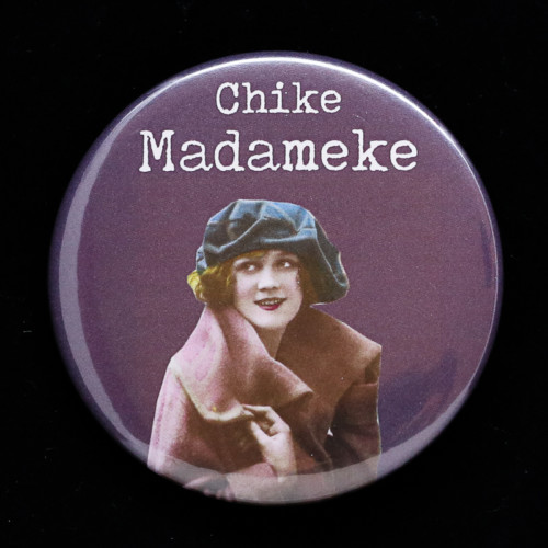 Badge Chike madameke Red Orb Créations